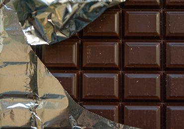 Fondente Noir, plastica nel cioccolato marcio Conad