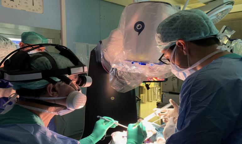 Milano, meningioma operato per la prima volta con un robotiscopio