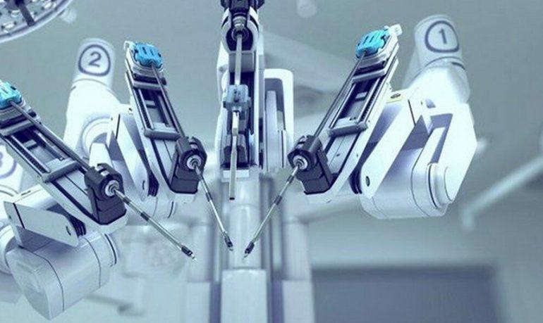 Padova, tumore cerebrale operato con l'ausilio di un braccio robotico