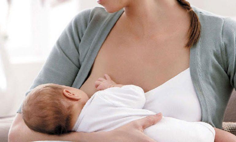 Allattamento materno, si può gestire con pc, tablet o smartphone