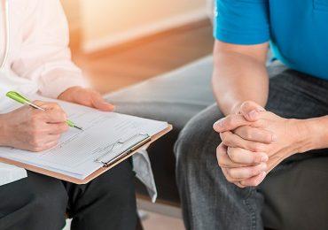 Cancro colorettale, primo screening consigliato a 45 anni