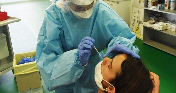 Coronavirus, come e quando utilizzare il test nasofaringeo antigenico rapido