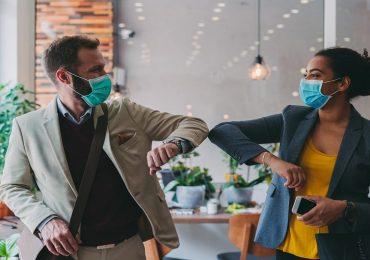 Coronavirus, la mascherina e il distanziamento non bastano