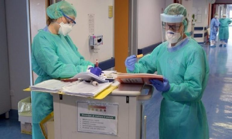 Emergenza Covid, Asl piemontesi reclutano infermieri