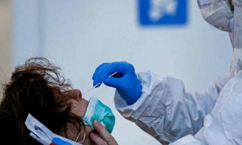 """Coronavirus, """"In assenza di sintomi, tampone solo a contatti stretti di caso confermato"""""""