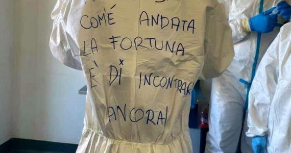 """Coronavirus, Jovanotti ai sanitari: """"Grazie, siete straordinari"""""""