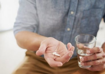 Coronavirus, la cura con lattoferrina è davvero efficace?