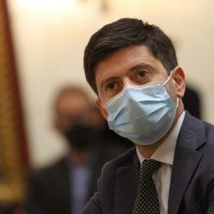 """Coronavirus, Speranza: """"Distribuzione massiva del vaccino a marzo"""""""