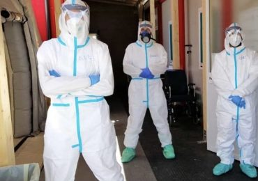 Gli studenti si laureano in anticipo per sopperire le carenze di infermieri nei reparti Covid-19