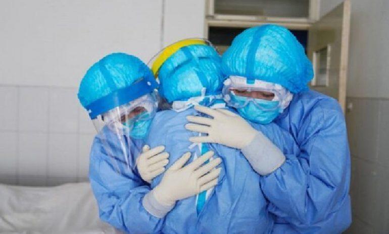 """""""Sempre con voi"""": la raccolta fondi per le famiglie dei sanitari vittime di Covid"""