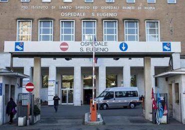 Roma, lasciarono una garza nel corpo del paziente operato: medici nei guai