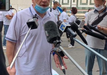 """Vaccini, """"In Toscana esclusi dalla prima tranche operatori del 118, infermieri di famiglia e USCA, impegnati in prima linea contro il Covid"""""""