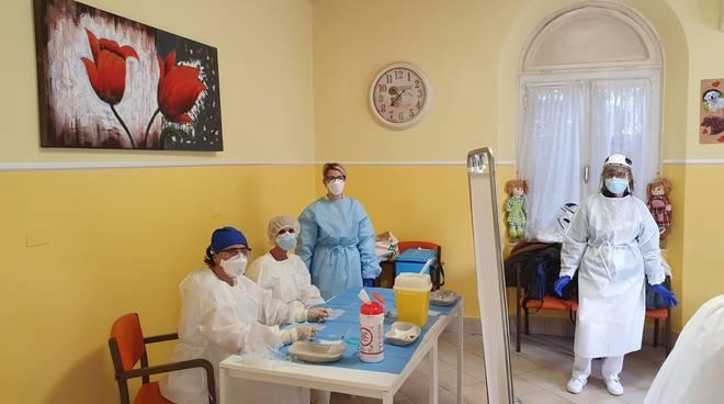 Anonimo benefattore dona € 35.000 a infermieri e oss della casa di riposo di Sondrio