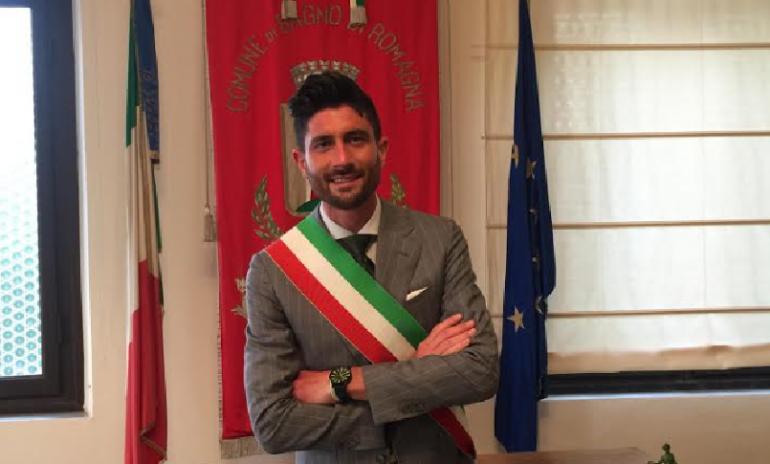 Bagno di Romagna, metà degli operatori di una residenza per anziani rifiuta il vaccino: sindaco minaccia licenziamento