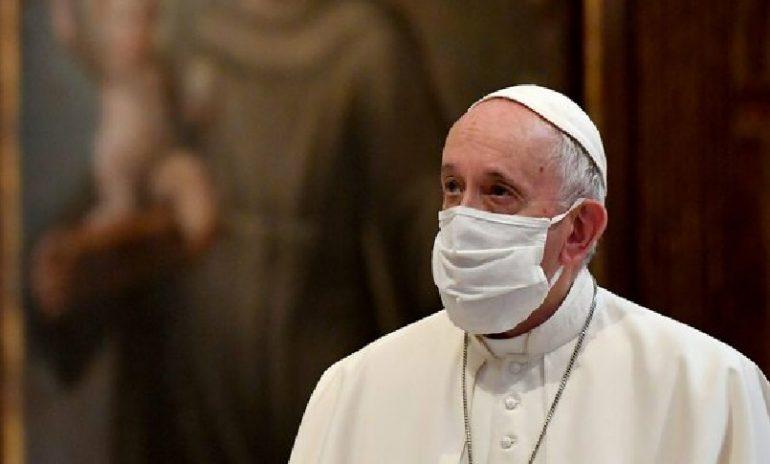 """Coronavirus, papa Francesco: """"Accesso alle cure non sempre garantito"""""""