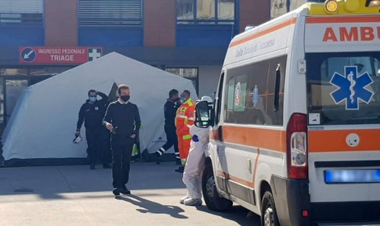 Coronavirus, strage di operatori sanitari nel Cosentino: suicidio per un responsabile della campagna vaccinale