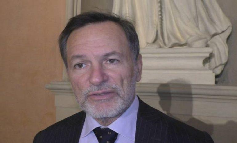 Ddl Malattia: reclusione o multa per le false attestazioni?