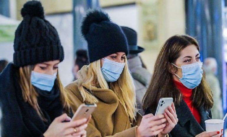 Distanziamento anche contro l'influenza: cambia la bozza del Piano pandemico