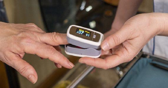 Distribuzione gratuita dei saturimetri in farmacia: cosa è andato storto?