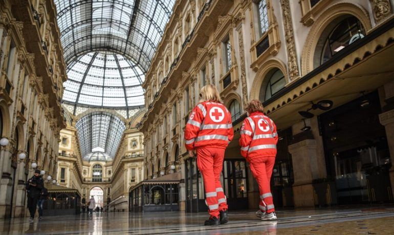 """Lombardia, il pasticcio della zona rossa. Speranza: """"Trasmessi dati errati"""""""