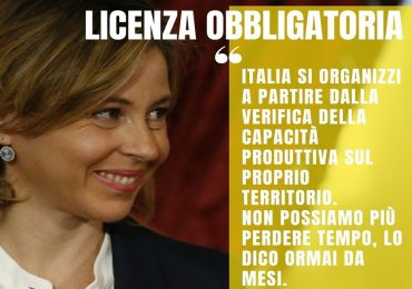 """Coronavirus, Grillo: """"Subito licenza obbligatoria in tutta Europa per vaccini e farmaci"""""""