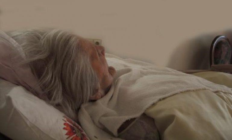 Demenza: rischio maggiore per anziani con pressione sistolica più elevata di notte