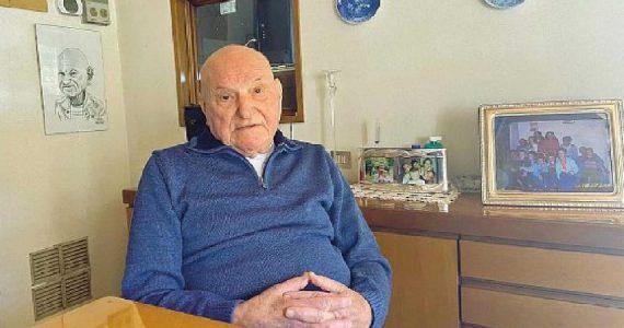 Carrara, 91enne cede la sua dose di vaccino anti-Covid alla madre di un disabile