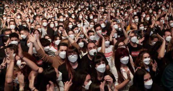 Concerto rock per 5000 a Barcellona, per partecipare basta un test antigenico