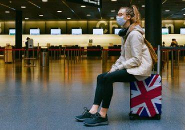Coronavirus, Gran Bretagna valuta nuova stretta sui viaggi all'estero