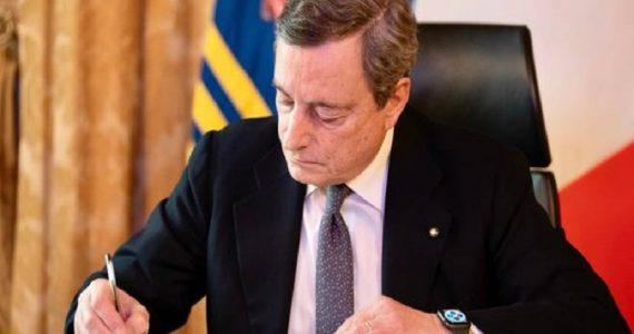 Coronavirus, le misure del Dpcm firmato da Draghi