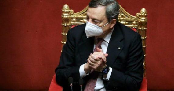 """Coronavirus, vaccinazioni a rilento: troppi anziani in attesa. Draghi: """"Non tutte le Regioni seguono le disposizioni del ministero"""""""