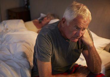 Demenza e mortalità negli anziani: carenza di sonno è un forte predittore