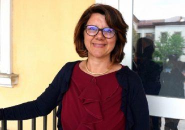 Malnate (Varese), la sindaca infermiera vaccina gli anziani contro il Covid