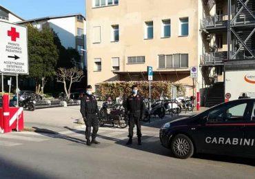 Padova, aggredì tre infermiere: condannato 22enne
