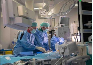 """Angioplastica su un cuore fragile non operabile: a Niguarda primo utilizzo in Italia di una """"mini-turbina"""" cardiaca a fibre ottiche"""