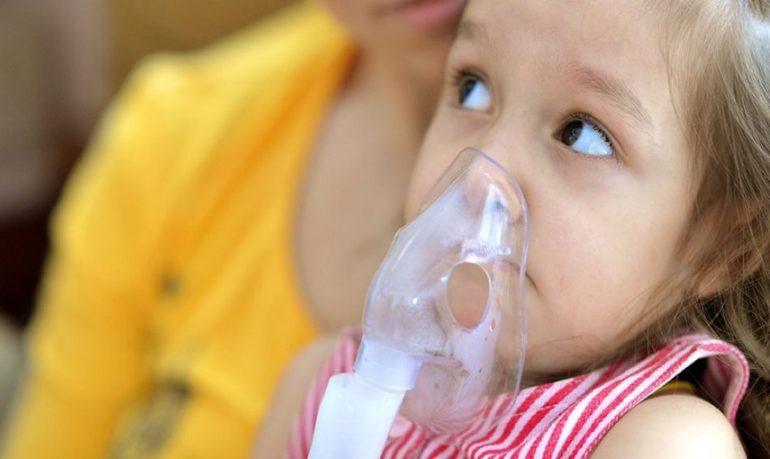 Asma infantile, microbiota delle vie aeree respiratorie altera l'effetto di azitromicina