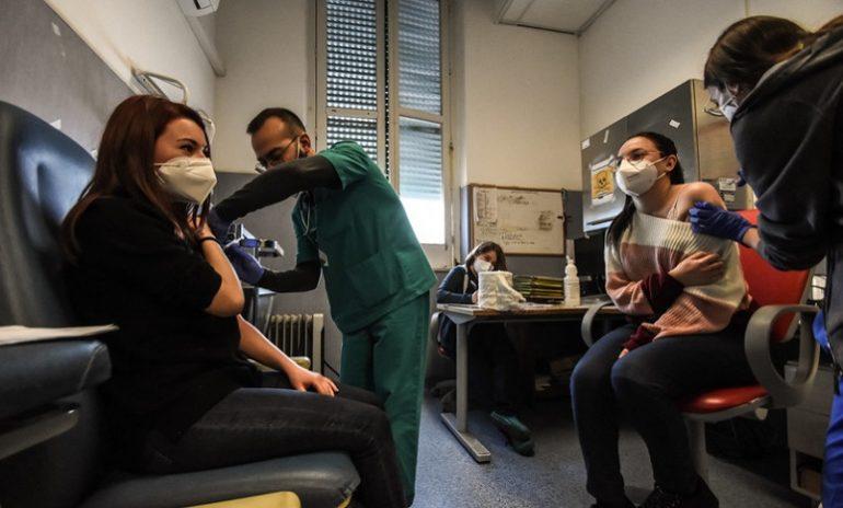 Coronavirus, ecco le indicazioni Inail per vaccinarsi nei luoghi di lavoro
