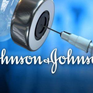 Coronavirus, nuova battuta d'arresto per i vaccini: Johnson & Johnson ritarda il lancio in Europa
