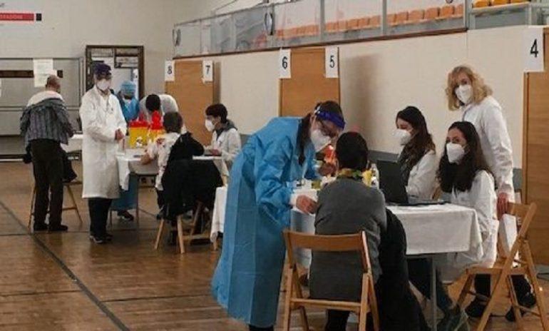 """Fp Cgil Treviso: """"Niente fondi per pagare l'orario aggiuntivo in punti vaccinali, punti tampone e terapie intensive"""""""