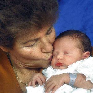 Cosenza: diventa mamma a 63 anni grazie all'ovodonazione