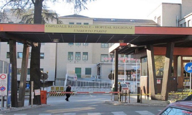 Aosta, ombre sul concorso chirurghi: primario dell'ospedale Parini indagato per tentata concussione