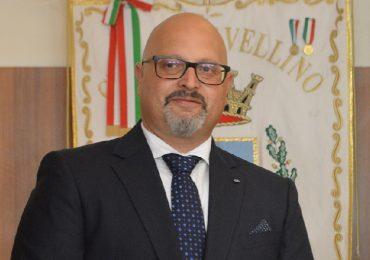 """Avellino, ospedale Moscati nel caos: """"Anziani in attesa di ricovero sulle barelle del Pronto soccorso"""""""