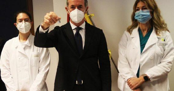 Coronavirus, in Veneto si potrà anticipare la seconda dose di vaccino