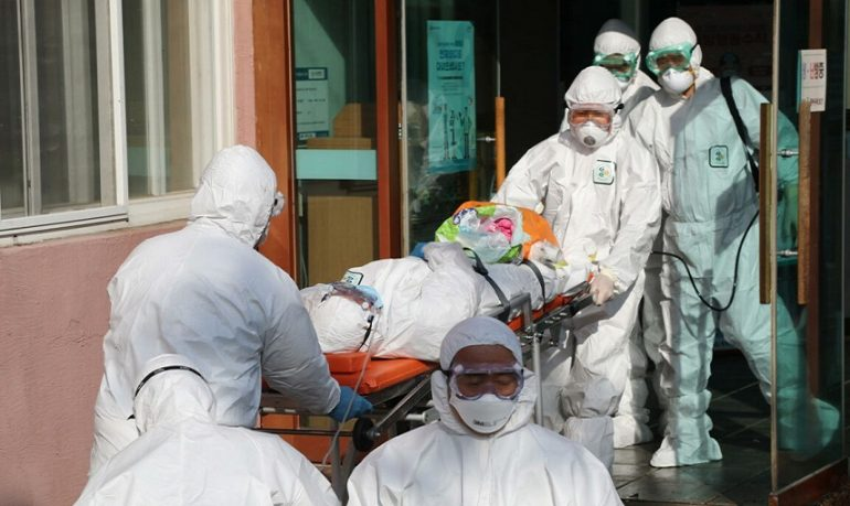 """Coronavirus, Istat: """"Almeno 99mila decessi nel 2020"""""""