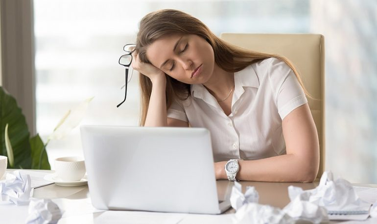 Disturbi del sonno, in aumento apnee ostruttive  e narcolessia: servono diagnosi precoci