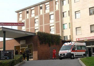 Donò il bonus Covid agli infermieri che gli salvarono la vita: l'Inps gli chiede di restituirlo