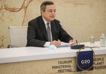 """Grenn Pass nazionale, Draghi: """"Operativo dalla seconda metà di maggio. Il mondo vuole viaggiare in Italia"""""""
