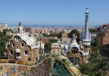 La Spagna riapre ai turisti con il pass vaccinale