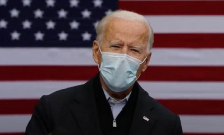 """Vaccini anti-Covid, la svolta di Biden: """"Stop ai brevetti"""""""