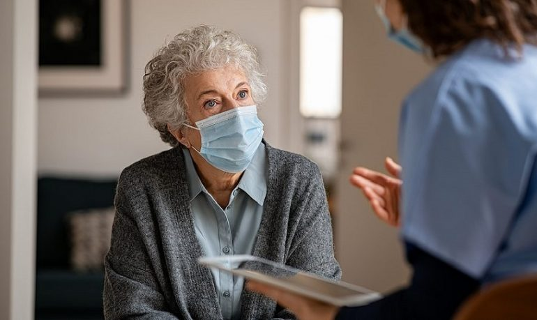 Coronavirus, trattamento precoce a domicilio previene ricovero in ospedale